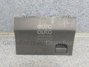 Бардачок на Toyota Yaris 2005-2011 555500D060B0