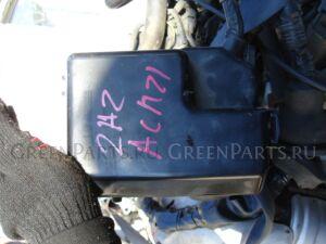 Блок предохранителей на Toyota Ipsum 2AZFE.