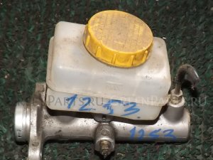 Главный тормозной цилиндр на Subaru Forester SG5