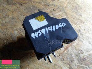 Блок abs на Toyota Ipsum ACM21 44541-48060