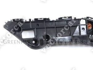 Крепление бампера на Toyota Rav4 ACA40