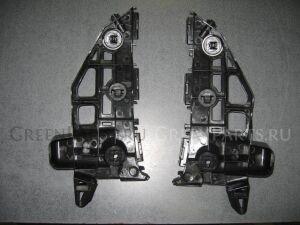 Крепление бампера на Toyota PRIUS ALPHA ZVW40, ZVW41, ZFW41