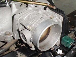Дроссельная заслонка на Nissan Elgrand ME51 VQ25DE