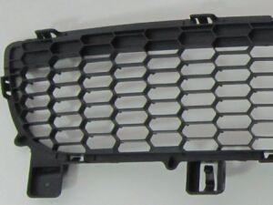 Решетка бамперная на Mazda 6