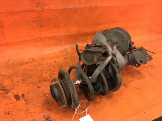 Стойка амортизатора на Nissan Liberty PNM12 SR20DE