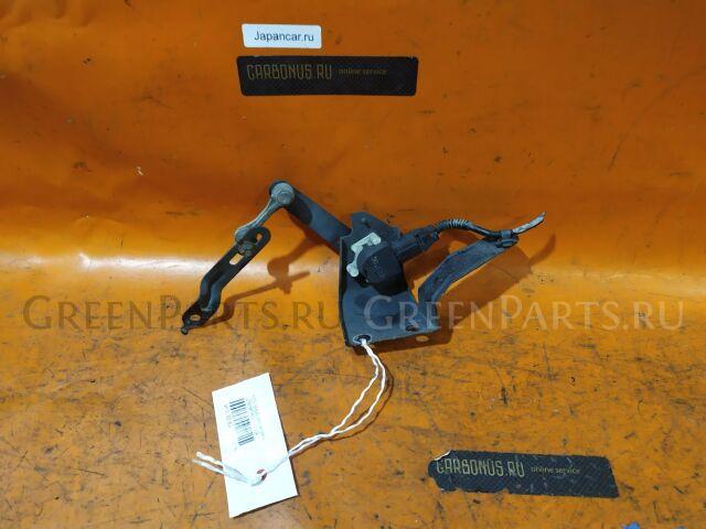 Датчик регулировки наклона фар на Toyota MAJESTA UZS187