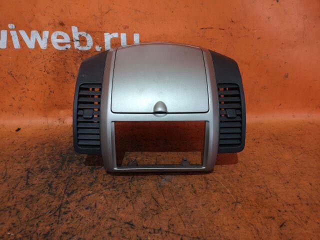 Бардачок на Nissan Note E11