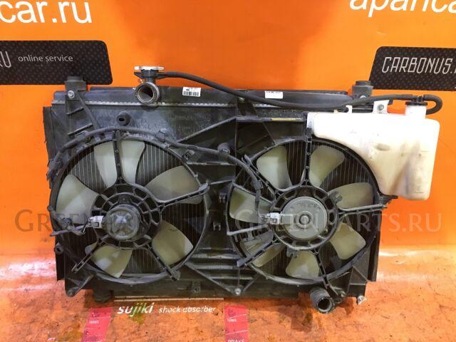 Радиатор двигателя на Toyota Noah AZR65G 1AZ-FSE