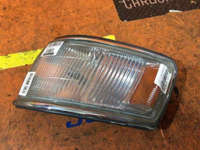 Поворотник к фаре на Toyota Chaser GX81 22-193