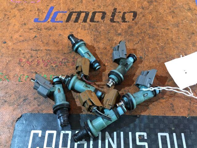 Форсунка инжекторная на Toyota Aristo JZS160 2JZ-GE