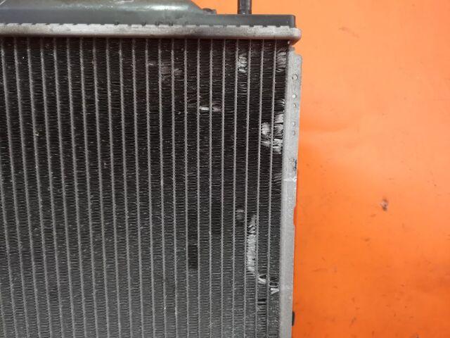 Радиатор двигателя на Honda Odyssey RA6, RA7 F23A