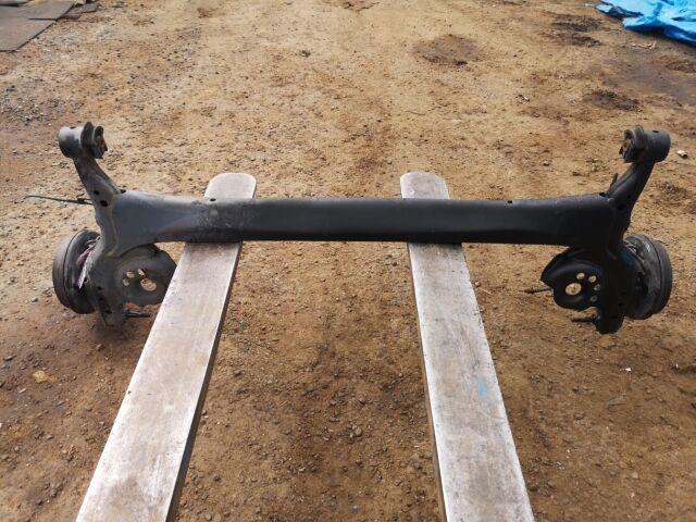 Балка подвески на Toyota Vitz NCP10 2NZ-FE