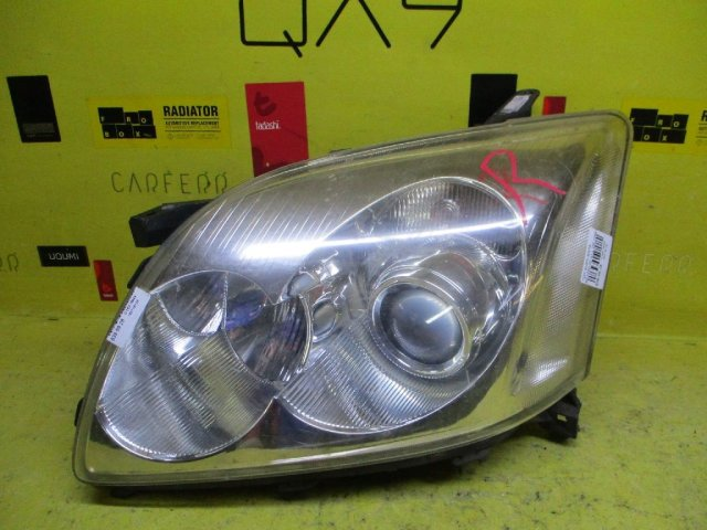 Фара на Toyota Avensis AZT250 05-41