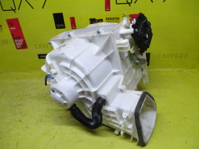 Мотор печки на Nissan Sunny FB15