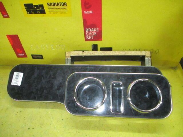 Столик салона на Nissan Cube BZ11