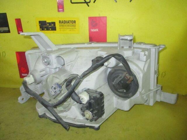 Фара на Toyota Bb NCP30 52-119