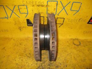 Тормозной диск на Toyota Nadia SXN15