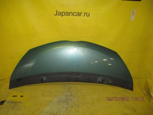 Капот на Toyota IQ KGJ10