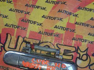 Ручка двери на Nissan Cube AZ10