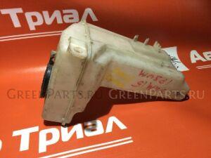 Бачок омывателя на Toyota Gaia ACM10G