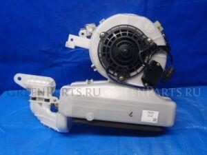 Печка на Toyota Noah AZR65G 1AZ-FSE