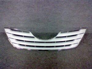 Решетка радиатора на Toyota Camry ACV45 2AZFE