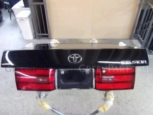 Крышка багажника на Toyota Celsior UCF11 1UZ-FE