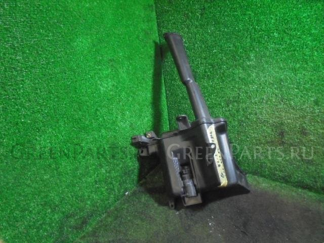 Бачок омывателя на Toyota Mark II JZX110 1JZ-FSE