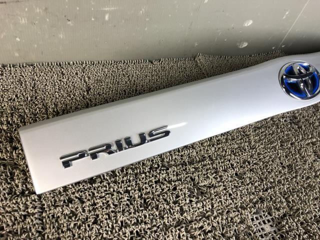 Стоп-планка на Toyota Prius ZVW30 2ZR-FXE