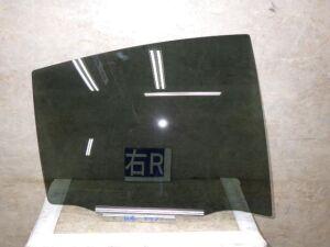 Стекло на Toyota Aqua NHP10 1NZFXE