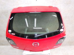 Дверь задняя на Mazda Axela BK5P ZYVE