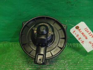 Мотор печки на Toyota Ipsum ACM21W 2AZ-FE