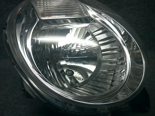 Фара на Suzuki Mr Wagon MF22S K6A