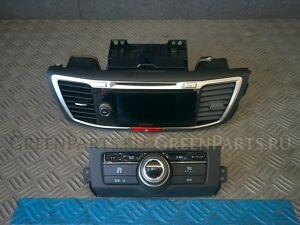 Автомагнитофон на Honda Accord CR6 LFA-MF8
