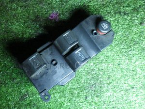 Блок упр-я стеклоподъемниками на Honda STEP WAGON RF3