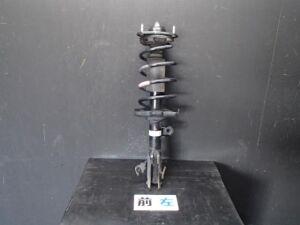 Стойка амортизатора на Honda STEP WAGON RK1 R20A