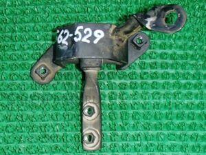 Подушка двигателя на Toyota Carina Ed ST202 3S-FE