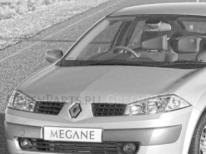 Капот на Renault Megane