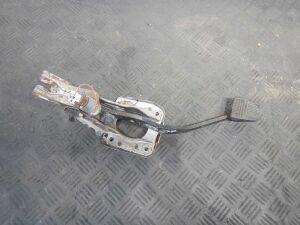 Педаль тормоза на Toyota Rav4 1 (1994-2000)