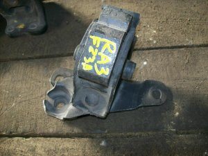 Подушка двигателя на Honda RA3 F23A