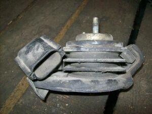 Подушка двигателя на Nissan C33/R32/S13 CA18/RB20 (11220 52F00)
