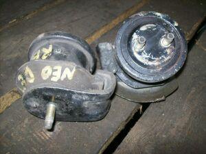 Подушка двигателя на Nissan C35 RB20DET NEO