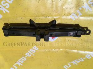 Домкрат на Toyota Camry Gracia SXV20 09111-0W010