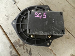 Мотор печки на Subaru Forester SG5