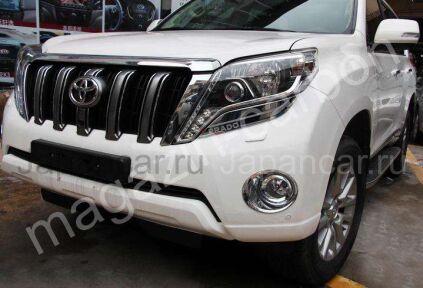 Накладки на фары на Toyota Land Cruiser Prado в Уссурийске