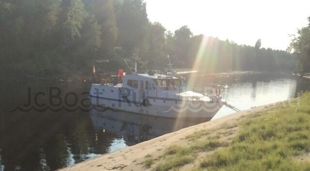 яхта моторная АМУР Речная яхта  2014 г.