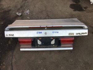 Крышка багажника на Mitsubishi Galant E33A