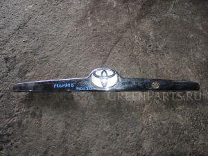 Эмблема на Toyota Pronard MCX20 75471AC010 81270AC020