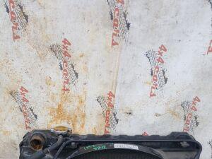 Радиатор на Toyota Hilux Surf KZN130 1KZT 9712