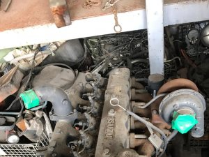 Двигатель на HITACHI HITACHI